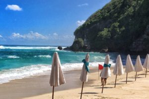 Bali Travel Diary: The Ungasan Clifftop Resort and Sunday's Beach Club